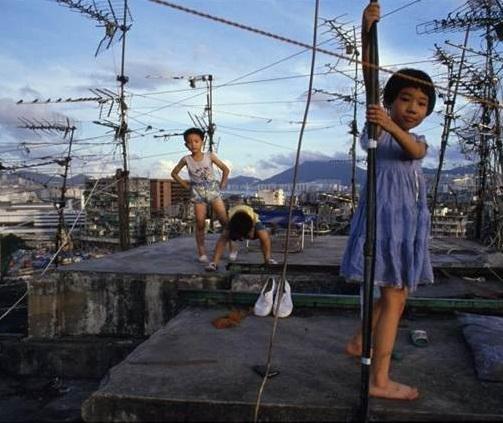 香港真實鬼故事! 鬼媽媽煮飯事件」...兩名小女孩的供詞至今仍無法解釋...